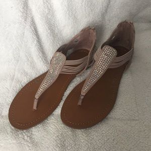 Brash Quincy sparkly sandals, size 7 NWT